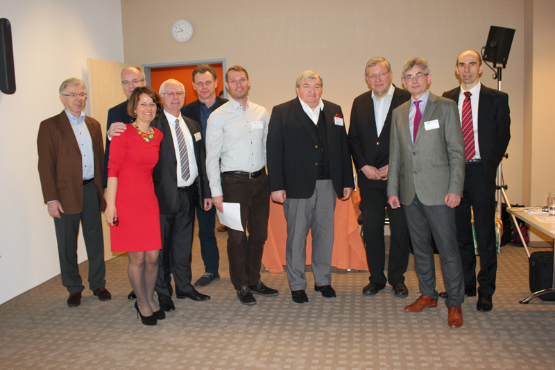 od lewej: Dr G. Siebenhüner, Prof. T. J. Vogl, Dr M. Nasiłowska, Hr. J. Zięba, Dr C. Juda, Hr. A. Pezold, Prof. Michalski, Prof. J. Scheele, Dr J. Vorreiter, Dr K. Michalak